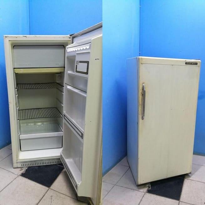 Советский холодильник Бирюса