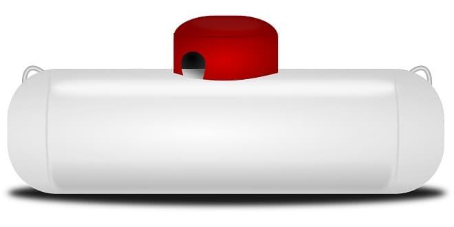Коллаж - емкость для перевозки сжиженного газа