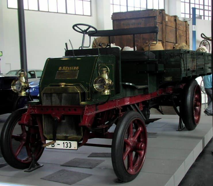 Грузовой автомобиль Бюссинга