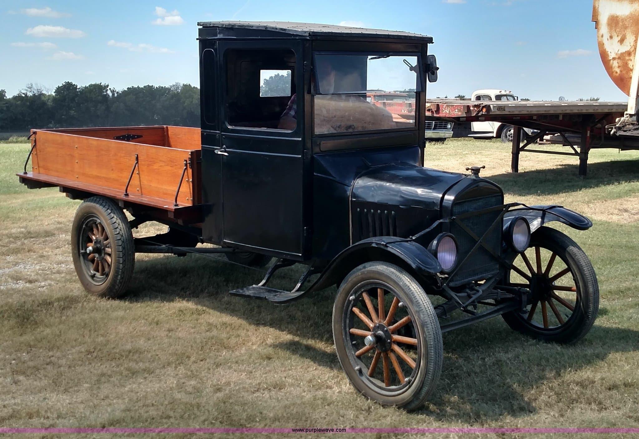 Первый Форд пикап