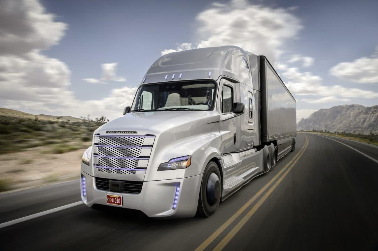 Freightliner Inspiration Track